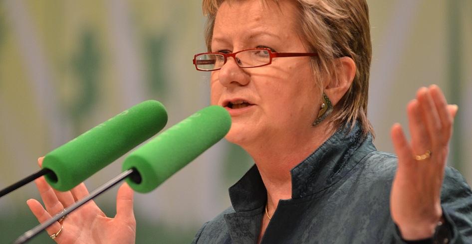 Will nach der Wahl viel Geld in die Hand nehmen - wenn sie gewinnt: Nordrhein-Westfalens Schulministerin Sylvia Löhrmann (Grüne). Foto: Bündnis 90/Die Grünen / Wikimedia Commons (CC BY-SA 2.0)