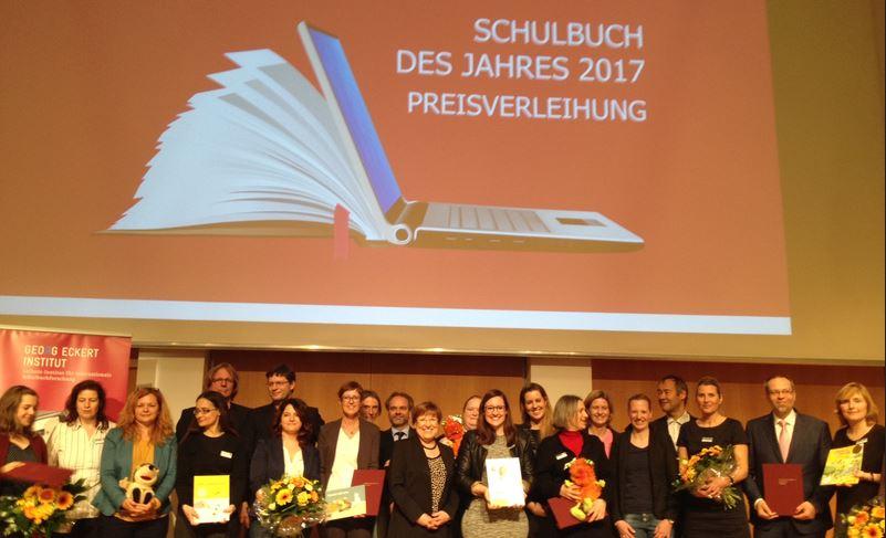 Autoren und Herausgeber bei der Ehrung in Leipzig. Foto: Georg-Eckert-Institut
