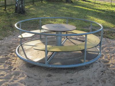 Spielplatz-Karussel