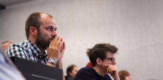 Im studentischen Alltag bleibt auf die Exzellenz ein ferner Blick, befürchten Studentenvertreter. Foto: Universität Salzburg (NaWi-AV-Studio) / flickr (CC BY 2.0)