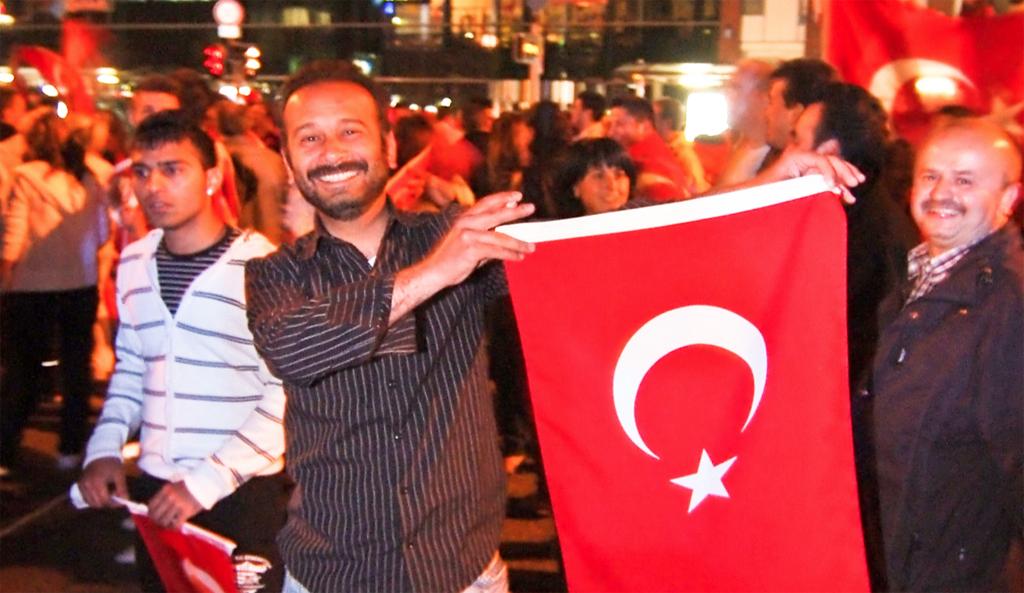 Die meisten Türken in Deutschland fühlen sich hier zu Hause, auch wenn sie sich doch anders als die Deutschen empfinden. Foto: Arne List / flickr (CC BY-SA 2.0)