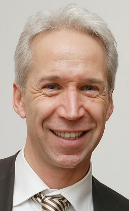 Gerhard Brand, VBE-Vorsitzender Baden-Württembergs, kritisiert, dass für alles, was in der Gesellschaft schief läuft, die Lehrer verantwortlich sind. Foto: VBE