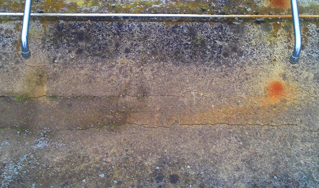 Vandalismus oder Abi-Streich? Unbekannte haben ein Berliner Gymnasium unter Wasser gesetzt. Im Internet sind Hinweise auf einen linksautonom motivierten Anschlag aufgetaucht. Frerk Meyer / flickr (CC BY-SA 2.0)