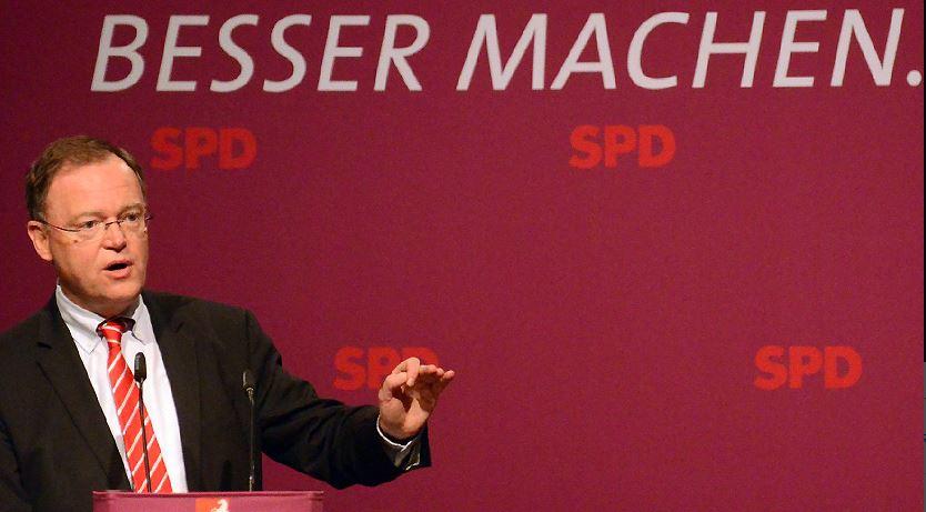 Hat im Augenblick wenig zu lachen: Niedersachsens Ministerpräsident Stephan Weil. Foto: SPD in Niedersachsen / flickr (CC BY-SA 2.0)