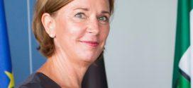 Nordrhein-Westfalens neue Schulministerin Yvonne Gebauer will den Unterrichtsausfall an jeder einzelnen Schule öffentlich machen. Foto: Land NRW/R. Sondermann