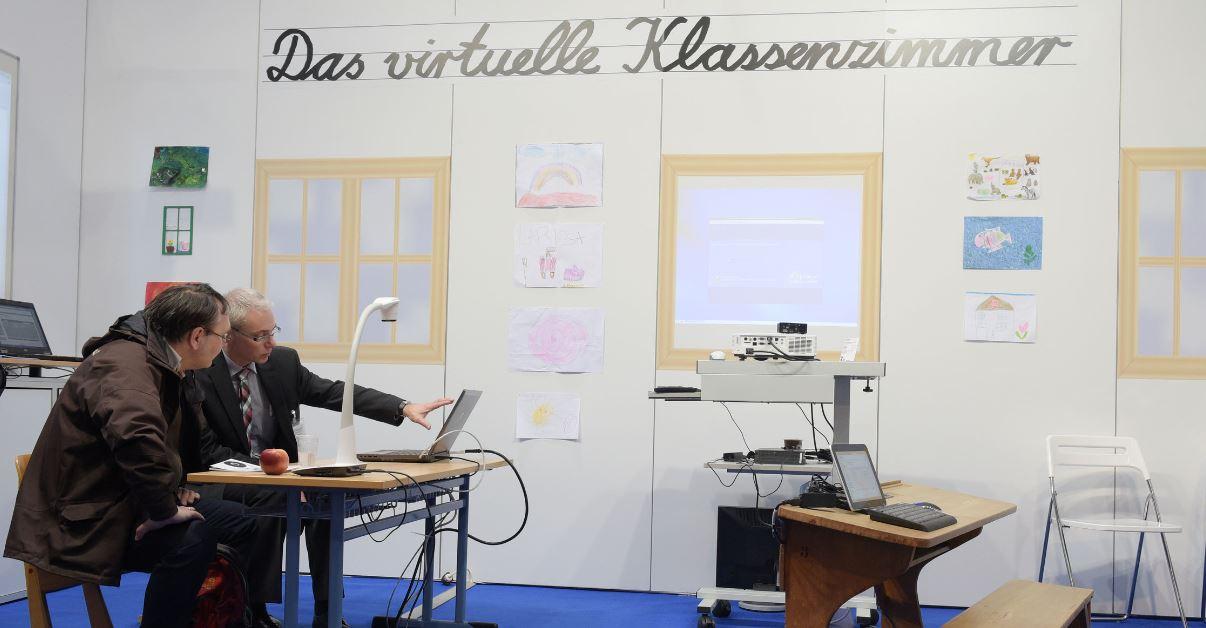 Auf der Messe präsent, in der Praxis (noch) eher weniger: das virtuelle Klassenzimmer. Foto: Deutsche Messe
