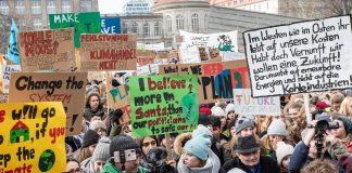 Fridays-for-futre-Demonstration am 25. Januar in Berlin. Am Freitagmorgen waren rund 300000 zumeist jugendliche Demonstranten auf die Straße gegangen.