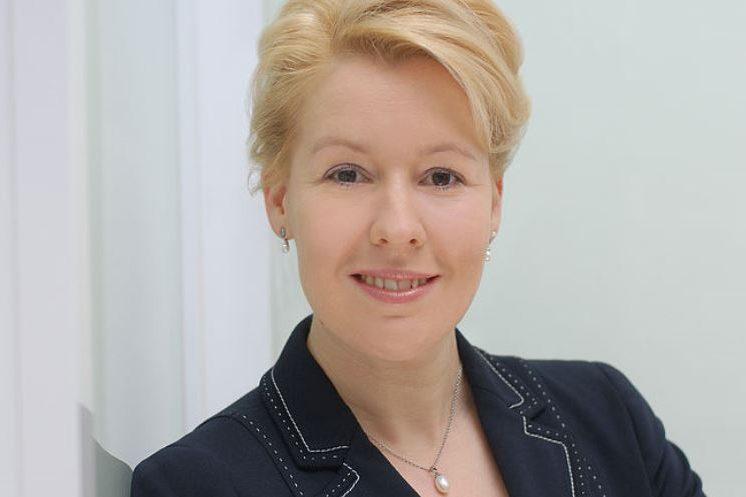 Bundesfamilienministerin Franziska Giffey wünscht sich eine bessere Bezahlung von Erziehern. Foto: Giffey / Wikimedia Commons (CC BY 4.0)