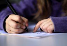 Immer mehr Schüler haben Probleme mit der Rechtschreibung. Foto: dotmatchbox / flickr (CC BY-SA 2.0)